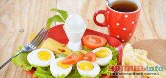 Смачно, легко і швидко: що приготувати на сніданок?