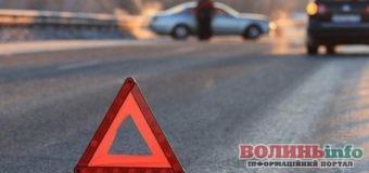На Ковельській ДТП: водій збив вагітну жінку і врізався в інше авто