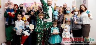 В День святого Миколая українські зірки долучилися до благодійного марафону «Здійсни мрію»