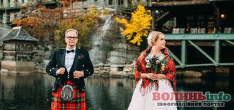 ТОП-12 цікавих весільних традицій