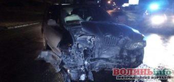 Жінка з дитиною на BMW X5 протаранила легковик