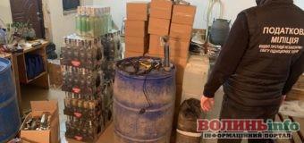 Податковою міліцією Волині припинено незаконне виробництво та збут алкосурогату