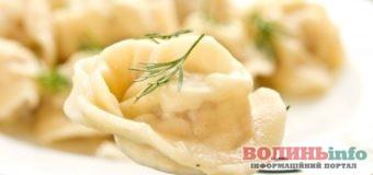 Постимо смачно: пісні пельмені з картоплею