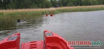 У Польщі на дні озера знайшли тіла двох молодих українців