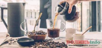 У чому різниця між холодною і гарячою кавою