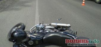 Дві ДТП за участю мотоциклістів за один день: одного госпіталізували, інший відмовився