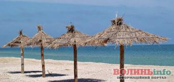 Літо 2020: коли відкриють популярні пляжі та курорти й що зміниться назавжди