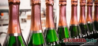 В Україні виростуть ціни на шампанське: скільки коштуватиме ігристе