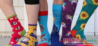 """На Волині проходить акція """"Кольорові шкарпетки"""""""