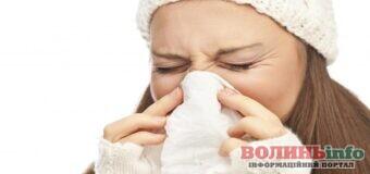 Риновірус сильніший і може витістини коронавірус з вашого організму