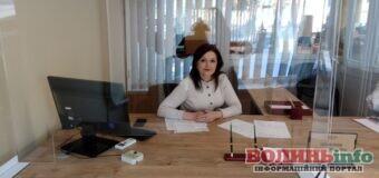 Чи до всіх депутатів Луцькради можна потрапити на прийом: репортаж із депутатських приймалень